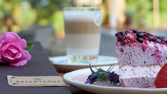 Patentkrug Oldenburg, Kaffee, Hausgemachter Kuchen